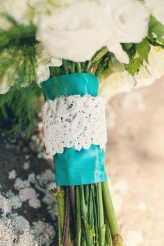 pretty lace bouquet wrap | Riverland Studios #wedding