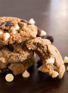 Almond Butter, Cranberry & White Chocolate Chip Cookies l The Simple Kitchen