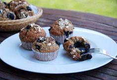 Sütöttél már banánnal muffint? Nem? Ideje kipróbálni! Meg fogsz lepődni, micsoda csodás, szaftos tészta lesz a végeredmény. És még másnap is puha marad. Már ha marad... Muffin, Top 15, Healthy Cookies, Breakfast, Recipes, Cukor, Food, Diet, Healthy Crackers