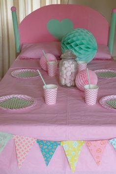 sweet-table-pyjama-party