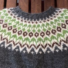 Ravelry: Project Gallery for Riddari pattern by Védís Jónsdóttir Fair Isle Knitting, Hand Knitting, Knitting Patterns, Icelandic Sweaters, Wool Sweaters, How To Start Knitting, Light Spring, Crochet Projects, Knit Crochet