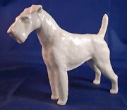 MEISSEN Airedale Terrier Porcelain Figurine by Erich Oehme No O238