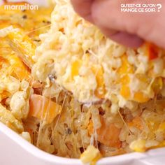 Pumpkin casserole gratin - What are we eating tonight? - Pumpkin casserole gratin – What are we eating tonight? Vegetarian Dishes Healthy, Vegetarian Chili Crock Pot, Clean Eating Vegetarian, Vegetarian Meals For Kids, Easy Vegetarian Dinner, High Protein Vegetarian Recipes, Low Carb Vegetarian Recipes, Healthy Breakfast Recipes, Vegetarian Casserole