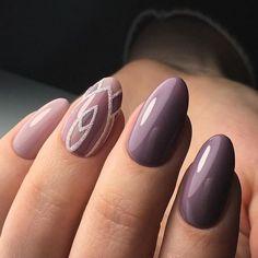 @evatornado lilac nails with art