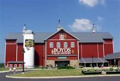The Home of Boyds Bears Gettysburg,Pa.  Need to go here with Momma
