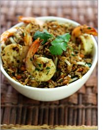 Made this last night. Asian Recipes, Whole Food Recipes, Healthy Recipes, Ethnic Recipes, Asian Foods, Rice Recipes, Oriental, Shrimp Fried Rice, Good Food