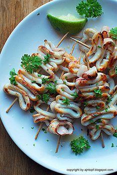 Octopus Recipes, Squid Recipes, Fish Recipes, Seafood Recipes, Cooking Recipes, Healthy Recipes, Grilled Calamari, Grilled Seafood, Grilled Squid