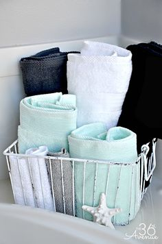 Cheap Bathroom Decor Ideas - Wire Basket Bathroom Towel Storage - DIY Decor and Home Decorating Ideas for Bathrooms - Easy Wall Art, Rugs and Bath Mats, Shower Curtains, Tissue and Toilet Paper Holders Bathroom Towel Storage, Bathroom Towels, Bathroom Organization, Organization Ideas, Storage Ideas, Bathroom Cabinets, Bathroom Mirrors, Bathroom Faucets, Storage Solutions