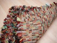 Stitchin' The Day Away: Rag Rug Tutorial