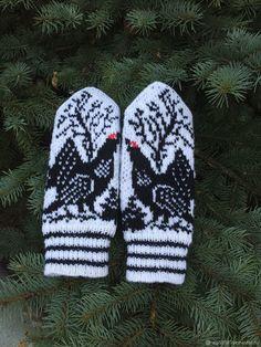 Варежки мужские ручной работы с орнаментом Тетерев - купить или заказать в интернет-магазине на Ярмарке Мастеров   Варежки  связаны из шерсти на пяти спицах. Knitted Mittens Pattern, Knit Mittens, Knitting Socks, Hand Knitting, Knitting Patterns, Norwegian Knitting, Fingerless Mittens, Wrist Warmers, Fair Isle Knitting