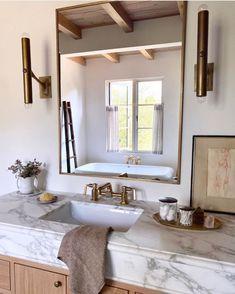 Diy Bathroom Decor, Bathroom Interior Design, Home Interior, Interior Plants, Bathroom Ideas, Interior Colors, Interior Livingroom, Modern Bathroom, Amber Interiors