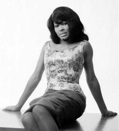 Tina-Turner-1.png (634×696)