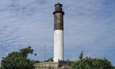 Kübassaare Lighthouse in Kübassaare, Saare maakond, Estonia Safe Harbor, Spain And Portugal, Dark Places, Lighthouses, Light Up, Belgium, Adventure Travel, Netherlands, Greece