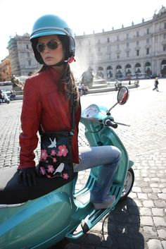 The ultimate style statement. Vespa.