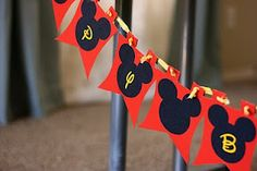 Sparklinbecks: Mickey Mouse Birthday for a four year old!