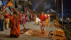 Devotees at the evening Aarati by the Bagmati River at Pashupatinath Temple, Kathmandu, Nepal. Teej Festival, Nepal Culture, Adventure Tours, Travel Images, Pilgrimage, Heritage Site, Where To Go, Places To See, Travel Destinations