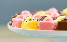 Recipe ..♥♥... Mary Berry's fondant French fancies