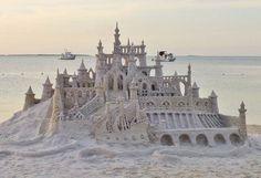 Florida Keys Island Fest - Sand Castle | ColorfulPlaces.com #islandfest #thekeys #travelguide