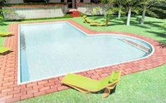 projetos-modelos-piscinas-alvenaria Swimming Pools, Outdoor Decor, Home Decor, Green Lawn, Springboard, Play Areas, Log Projects, Model Photos, Modern Houses