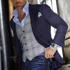 Great outfit by 👏 via Blazer Outfits Men, Mens Fashion Blazer, Stylish Mens Outfits, Suit Fashion, Look Fashion, Business Casual Men, Men Casual, Older Mens Fashion, Mode Costume