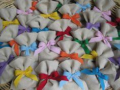 ... Cucire sacchetti per confetti