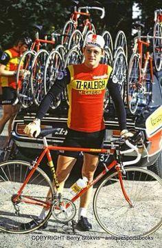 Late seventies Tour de France Vintage Bike Parts, Velo Vintage, Vintage Cycles, Vintage Bikes, Raleigh Bicycle, Raleigh Bikes, Cycling Shoes, Cycling Art, Bicycle Race