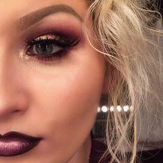 Products: @morphebrushes 35C palette || @maccosmetics Tan & Whisper Pink pigment || @anastasiabeverlyhills dip brow pomade in Blonde || @lashesbylena Noemie || @maccosmetics lip liner in Nightmoth, Myth lipstick