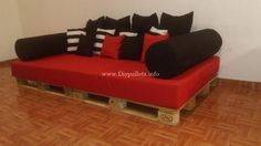 Lovely Wooden Pallets Dog Bed Projects