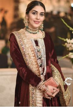 This fusion bride picked a cream and red lehenga - works so well together. Great option for a fusion wedding dress! Pakistani Bridal Wear, Pakistani Dresses, Indian Dresses, Indian Outfits, Pakistani Couture, South Asian Bride, Asian Bridal, Desi Wedding, Wedding Bride