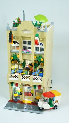Stefan's Heartlake Pizzeria is a combination of the official LEGO set and a former pizzeria model. The bustling restaurant is three stories tall and even includes a delivery truck.