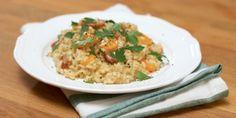 Ο Τάσος Αντωνίου φτιάχνει θεϊκό ριζότο με χωριάτικο λουκάνικο, με αγαπημένα υλικά. Αυτό το πιάτο θα σας κερδίσει με τη γεύση του. Allrecipes, Risotto, Main Dishes, Rice, Ethnic Recipes, Food, Main Course Dishes, Entrees, Essen