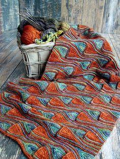 Crochet Patterns Wear Ravelry: Snood Barcelona pattern by Svetlana Gordon Knitting Stitches, Knitting Designs, Knitting Projects, Knitting Patterns, Crochet Patterns, Knit Or Crochet, Crochet Scarves, Crochet Shawl, Knitted Afghans