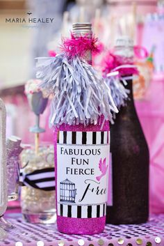 Pop the Champagne.No More Ball & Chain Divorce Party - Made by A Princess Glitter Wine Bottles, Wine Bottle Labels, Vodka Bottle, Breakup Party, Divorce Party, Wein Parties, Freedom Party, Pure Romance Party, Party Pops