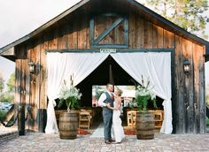 For The History Buffs A Covered Bridge Wedding 10 Amazing And Unique Venues That You Haven T Thought Of Party