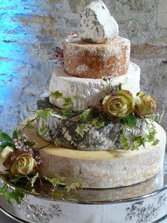 Vintage 'cheese' wedding cake!