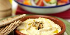 Slimming Slimming World Free Garlic Hummus - Try our delicious Hummus recipe as part of your weight loss diet plan. Join your nearest Unislim class for more recipes, advice and support! Basic Hummus Recipe, Delicious Hummus Recipe, Yummy Food, Delicious Desserts, Dips, Roasted Garlic Hummus, Healthy Snacks, Healthy Recipes, Healthy Eating