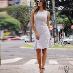 Street style pela linda @blogmarcelaborges com nosso #Dress poá de nesgas ✨ #LuziaFazzolli #vistaluziafazzolli #Winter17 #GlamourVintage