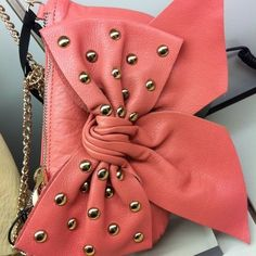 very cute purse