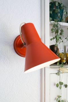 Retro lampje - wandlampje - oranje - light - vintage Desk Lamp, Table Lamp, Wall Lights, Vintage, Retro, Lighting, Home Decor, Appliques, Decoration Home