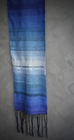Ombré Weaving on a Loom: Create Woven Designs With Beautiful Color Shading
