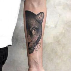 Kühle Panther-halbe Gesicht Tätowierungs-Idee - Tattoo Design And Ideas Dope Tattoos, Head Tattoos, Body Art Tattoos, Jaguar Tattoo, Big Cat Tattoo, Back Tattoo, Tattoo Pantera, Black Panther Tattoo, Panther Tattoos