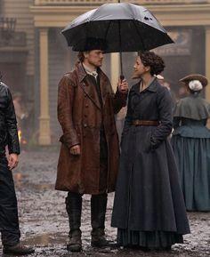 Outlander 1, Outlander Tv Series, Sam Heughan Outlander, Outlander Characters, Claire Fraser, Jamie Fraser, Diana Gabaldon, Tartan, Historical Romance Books