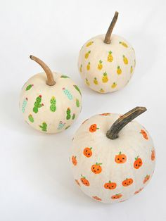 DIY Fingerprint Art Pumpkins | Handmade Charlotte
