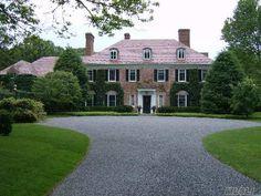 1927 Brick on 9.5 acres