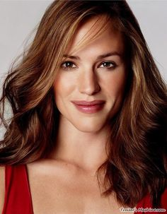 Pictures of Jennifer Garner - Pictures Of Celebrities Jennifer Garner Alias, Jen Garner, Jennifer Aniston, Danny Collins, Timothy Green, Brunette Actresses, Michael Thompson, Hot Brunette, Matthew Mcconaughey