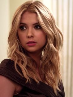 natural blonde highlights #pll pretty little liars