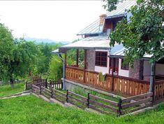 Casa de vanzare intr-o zona pitoreasca din Breaza (judetul Prahova, Romania), imobilul avand regim de inaltime D+P+Em si teren de 3263 mp (livada), plus loc parcare pentru 4-5 masini. Vila se poate vinde si in varianta cu 1000 mp de teren. Imobiliare Breaza pe Valea Prahovei. House for Sale in Prahova Valley. Romanian Real Estate for Sale.