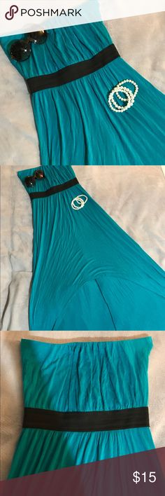 Strapless dress Beautiful strapless blue dress! Flows comfy dress! Short in the front long in the back. Black Elastic band. Great condition gently used. Size medium Noble U Dresses Strapless