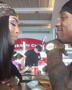 Everyone else really wants to as happy as they possibly can be with their partner. Take a look at these 37 things couples can do to build and maintain a happier and healthy relationship. Freaky Relationship Goals Videos, Couple Goals Relationships, Relationship Goals Pictures, Couple Relationship, Black Couples Goals, Cute Couples Goals, Cute Black Couples, Danse Twerk, Flipagram Instagram
