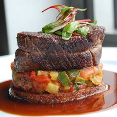 A recipe to try when I have the time and the proper kitchen - Sauteed Beef Filet with Quick Summer Vegetable Ratatouille and Red-Wine Pan Sauce I Love Food, Good Food, Yummy Food, Vegetable Ratatouille, Kendall College, Beef Filet, Carne, Red Wine, Bliss